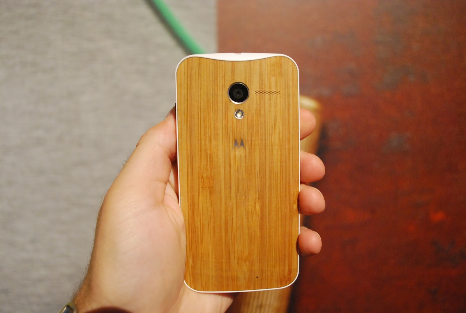 Moto X smartphone by Google will be available in the U.S. in late August or early September. It will be sold 199 dollars with a two-year subscription