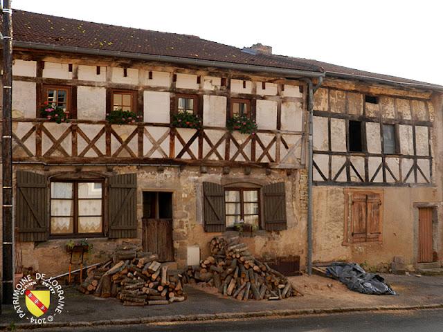 VIC-SUR-SEILLE (57) - Maisons à pans de bois (XVIe siècle)