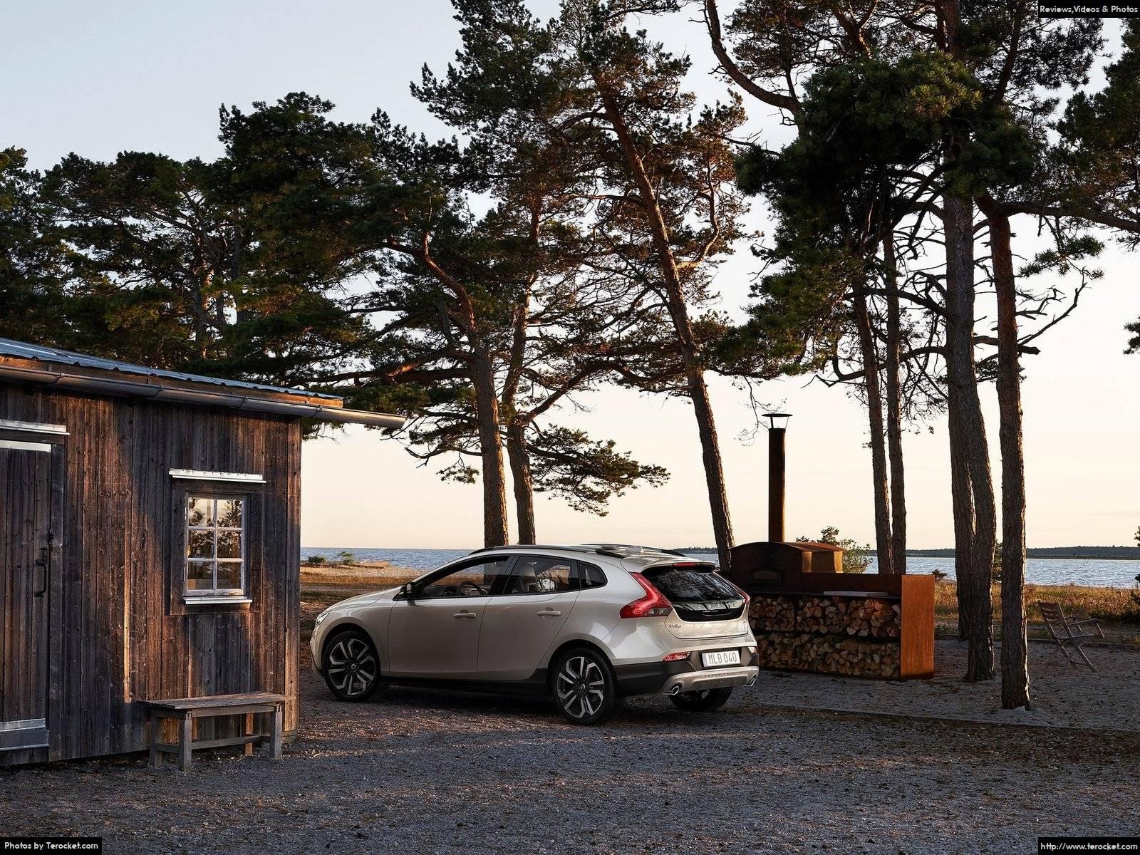 Hình ảnh xe ô tô Volvo V40 Cross Country 2017 & nội ngoại thất