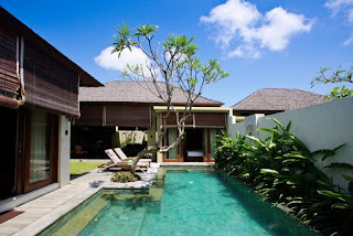 "Hotel Careers - Job Vacancies ""Chef De Party, Villa Attendance"" in Seminyak"