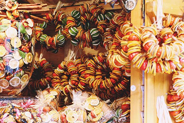 Pomander wreaths