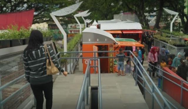 Teras Cihampelas (Skywalk Cihampelas)