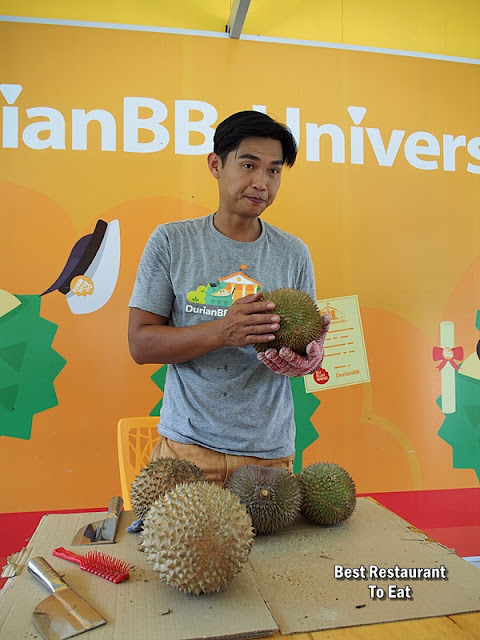 Learn How to Choose the Perfect Durian