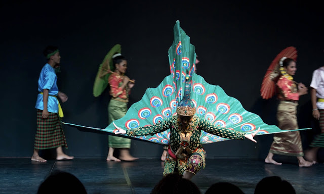 Cambodia Living Arts Dance experience national museum Phnom Penh Cambodia