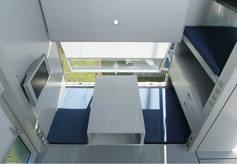 04-View-from-above-M-CH-Sustainable-Micro-Compact-Home-Architecture