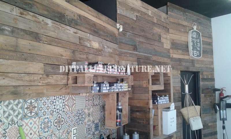 Mueblesdepalets peluquería decorada con tablas de palets