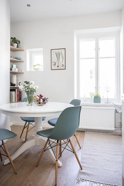 ingatorp IKEA, okrągły stół, krzesło enzo, krzesło na drewnianych nogach, krzesła