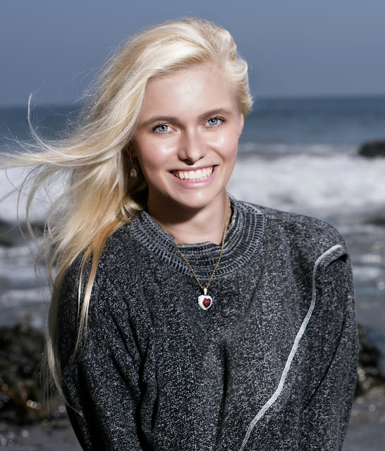 Manon Rinsma - Author
