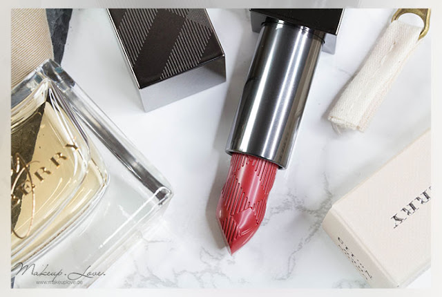 Burberry Kisses Hydrating Lip Colour | No. 113 Union Red