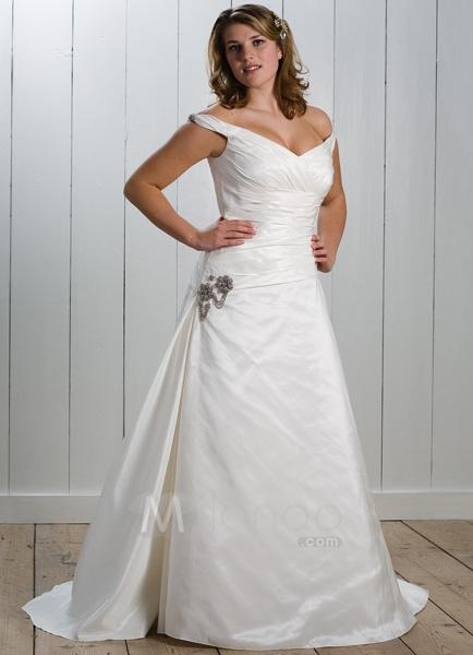 Pinkbizarre plus size wedding dress designer for Designer wedding dresses plus size