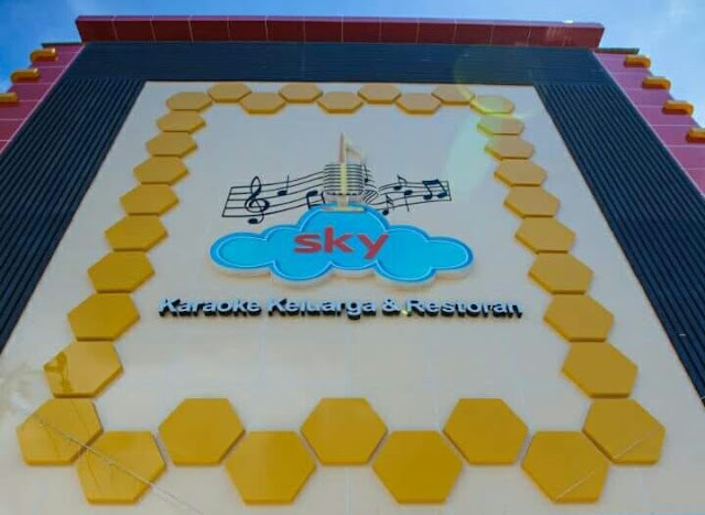 Lowongan Kerja Makassar Karyawan Sky Karaoke Resto Ballroom