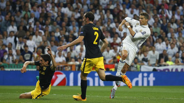 Ronaldo Hat-trick, Madrid Benamkan Atletico 3-0