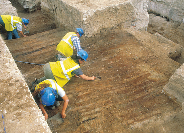 Roman fort built in response to Boudicca's revolt discovered in London