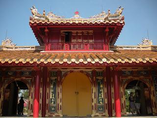 Puerta Dai Hong Mon - Tumba Imperial Minh Mang en Hue