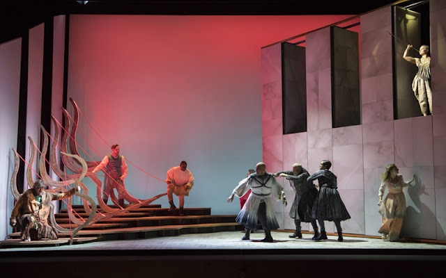 Monteverdi - Il ritorno d'ulisse in patria - English Touring Opera - photo Richard Hubert Smith