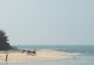 http://www.teluklove.com/2017/04/destinasti-objek-wisata-pulau-dapur-di.html
