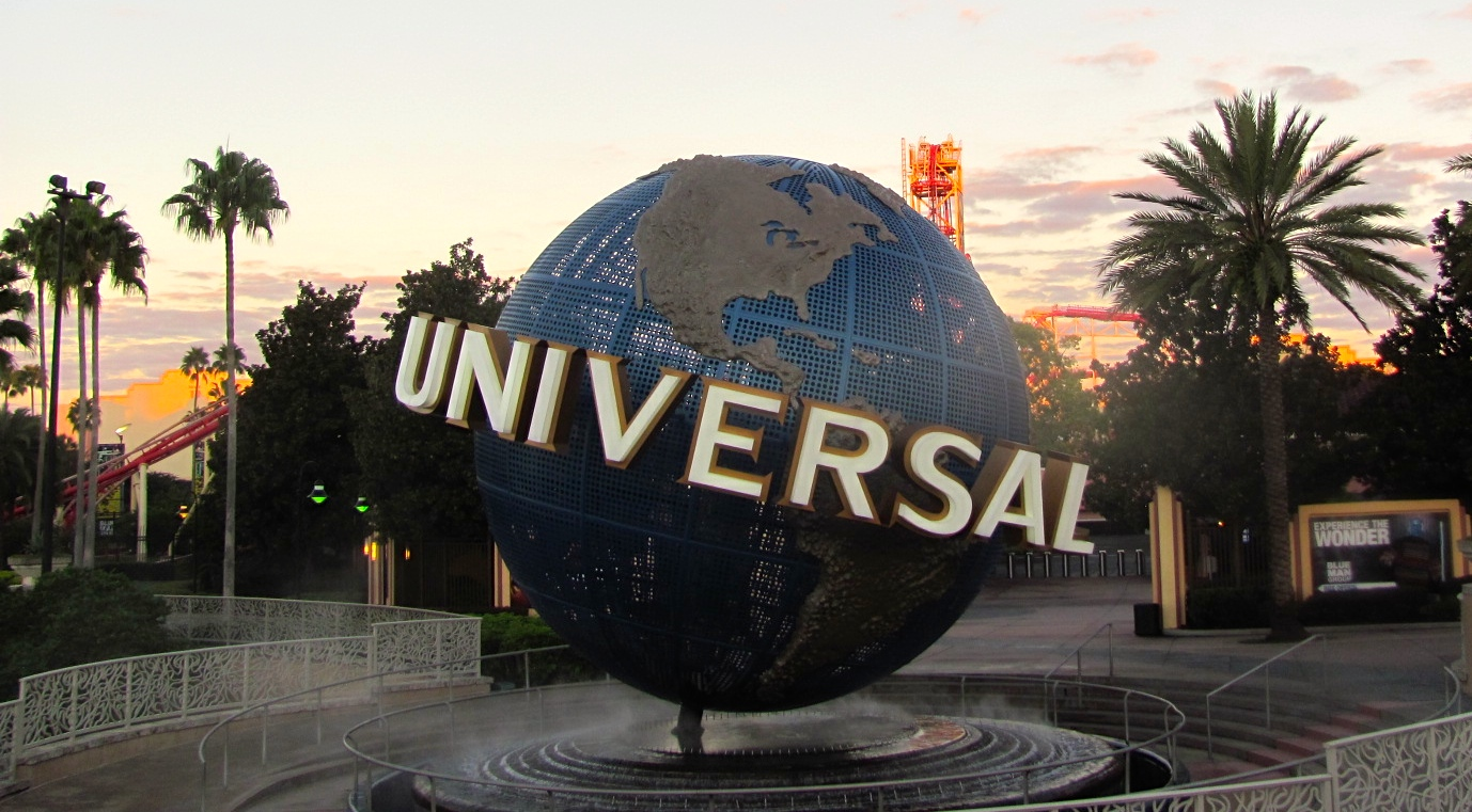 Destinations diva how to stay healthy at universal orlando im going to universal orlando how does one try to stick to their weight loss plan while visiting the mecca of tantalizing sweet treats and a fried food ccuart Images
