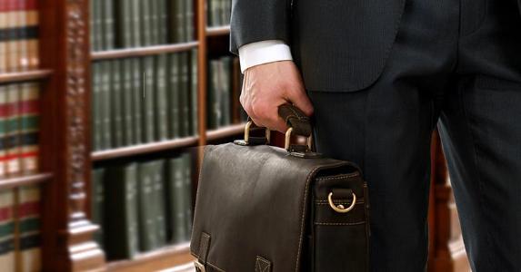 رقابة صحة اختصاص المحكمة الأجنبية عند الأمر بتنفيذ حكمها