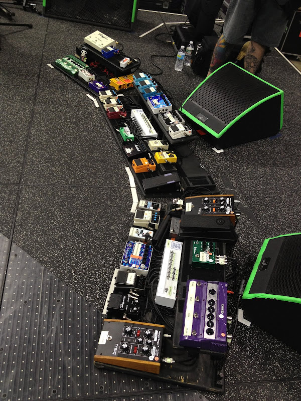 Josh Klinghoffer (Red Hot Chili Peppers) Pedalboard 2012