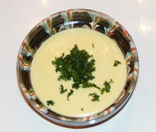 retete sos alb din lamaie si usturoi, reteta sosuri, dressinguri,