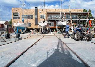 Hobsons Bay Yacht club, rear facade