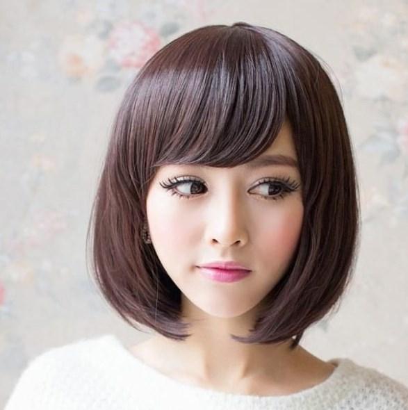 Penggemar Mode Rambut Pendek Ina Tanaya