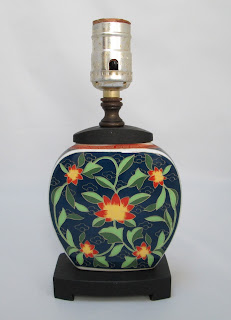 Asian Pottery Accent Lamp