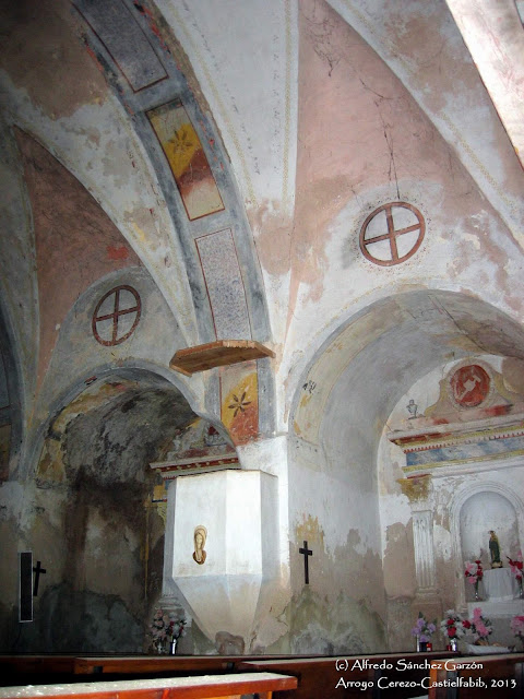 arroyo-cerezo-iglesia-pulpito-capillas