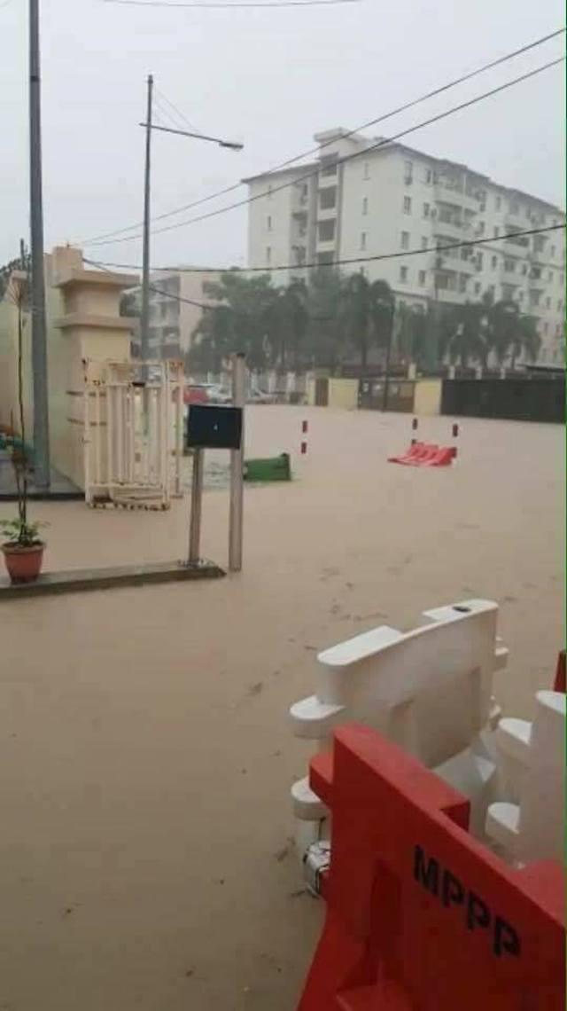 Gambar Banjir Sekitar Pulau Pinang pada 15 September 2017