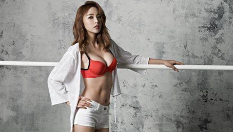 hong-jin-young-hot-lingerie-photo