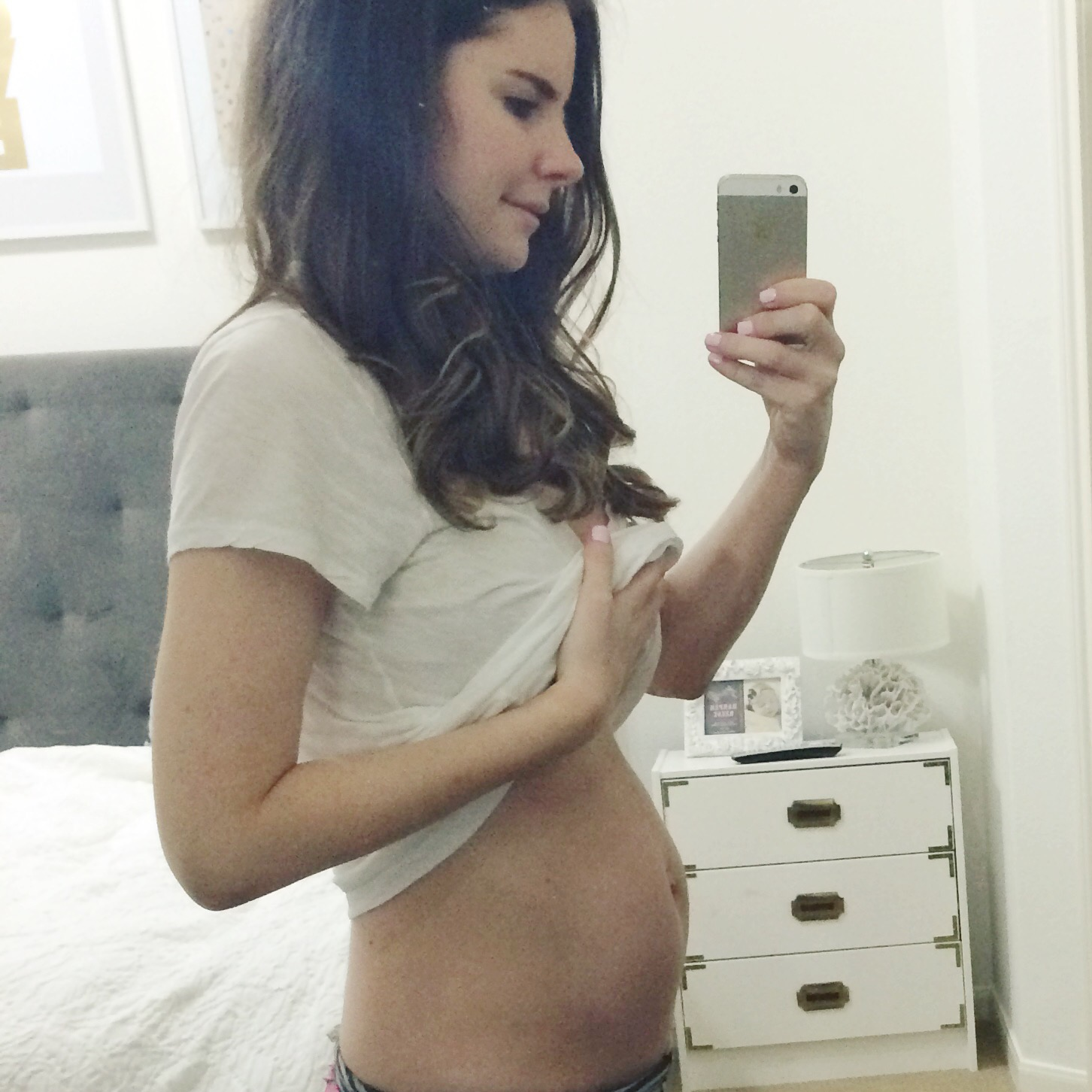 Veronika S Blushing 18 Weeks: 21 Weeks With Baby #2