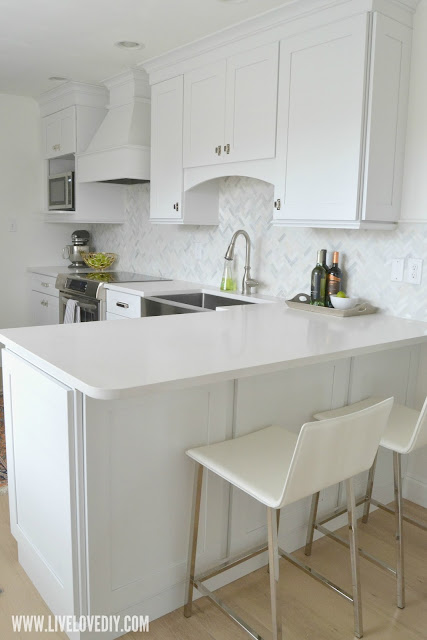 kitchen makeover barstools island