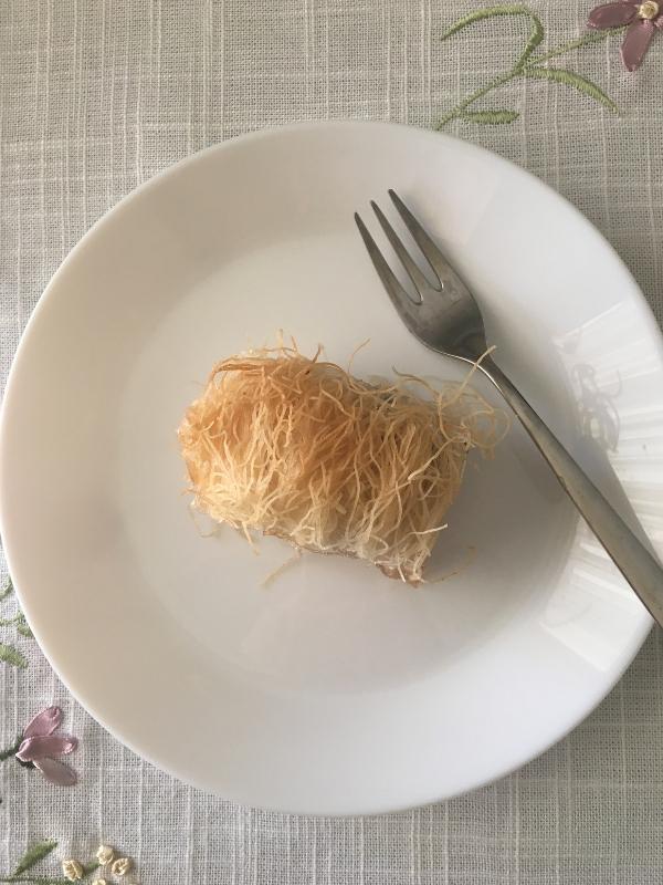 Εύκολη συνταγή για αφράτο, λαχταριστό, ζουμερό κανταΐφι | Ioanna's Notebook