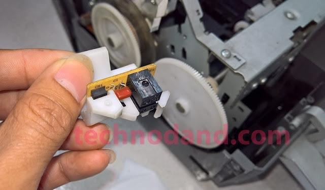 Printer Epson SP 1390 Error Berhenti di Tengah Proses Print [lampu kertas dan tinta berkedip]