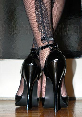 Stockings High Hells 82