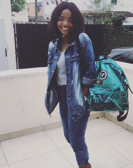 Fine geh! Singer Simi looks adorable in denim on denim outfit (photos)