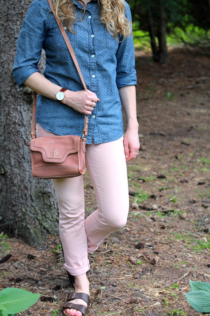 polka dot chambray, blush jeans, birkenstock sandals, blush Cole Haan bag, Daniel Wellington watch