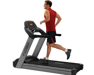 Which is better: walking on a treadmill or on the road?