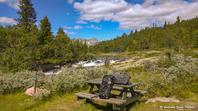 Sendero a Brudesløret, Rondane - Noruega por El Guisante Verde Project