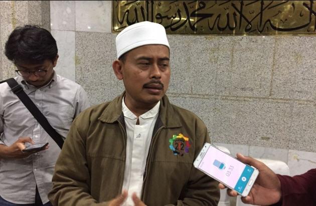 Jubir FPI Minta Polisi Tangkap Oknum Banser Pembakar Bendera Tauhid