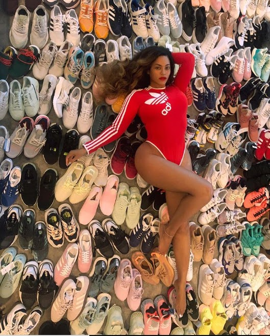 Beyonce flaunts her sexy figure in new Adidas gear as she shows off a collection of Adidas sneakers (Photos)