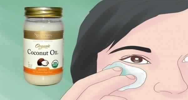Beauté : 5 façons étonnantes d'utiliser l'huile de coco