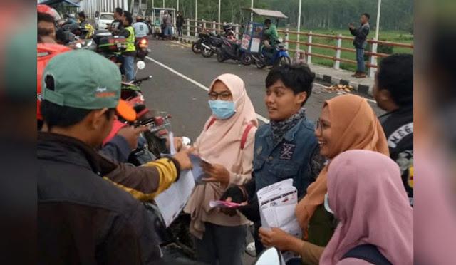 Sosialisasi oleh relawan demokrasi