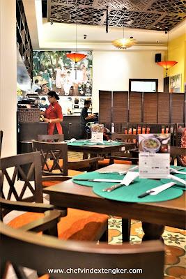 PHO VIETNAM, Saigon cafe, vindex tengker, alam sutera