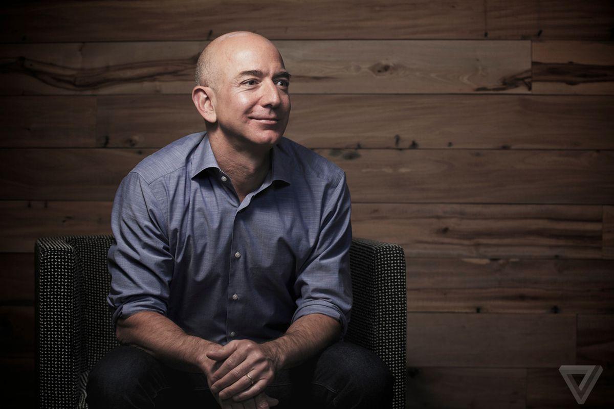 Kenapa Bos Amazon Jarang Membuka Ponselnya?