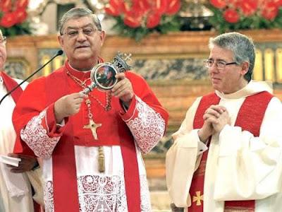 Phép lạ: Máu của Thánh Januarius tại thành Naples hóa lỏng