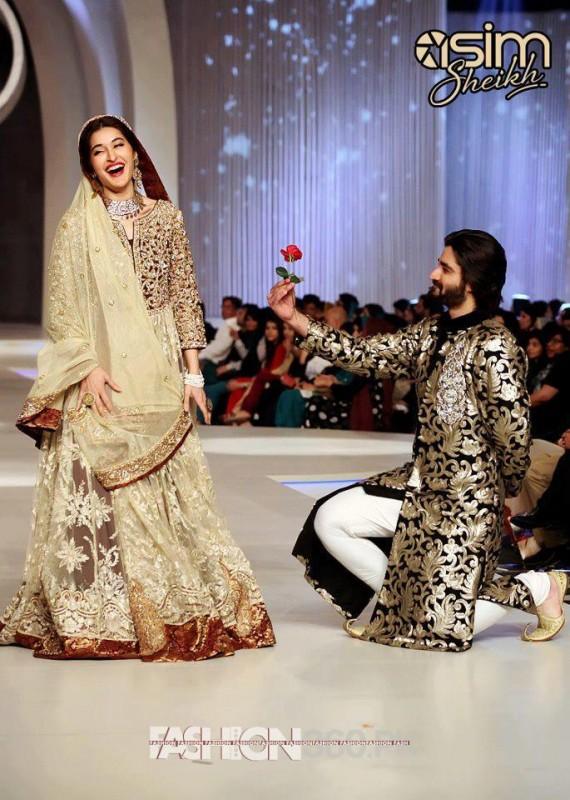 592dabba0d Pakistani Fashion Style: Pantene Bridal Couture Week 2013 Karachi