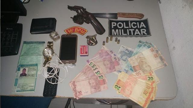 Em Santa Quitéria, dupla é presa com arma de fogo, CNH adulterada e tentativa de suborno