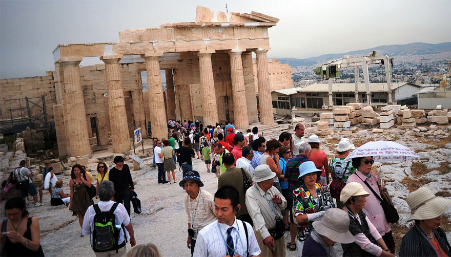Travel Expectations Vs Reality (20+ Pics) - Visiting The Acropolis Of Athens, Greece