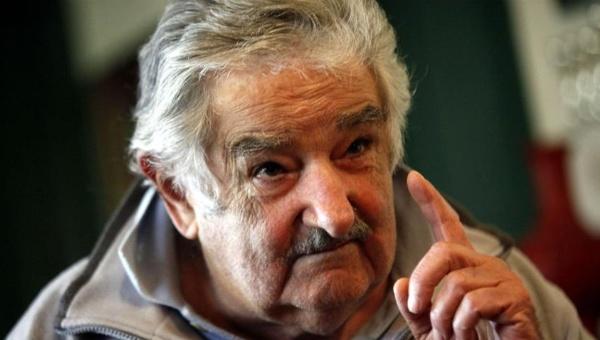 Mujica: A Dilma la destituyeron por negarse a la corrupción